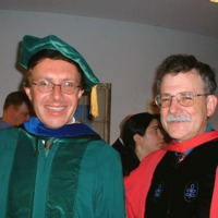http://thanksroy.org/Imgs/ay-and-roy-at-graduatiuon-5-18-06_8ebbeafd01.jpg
